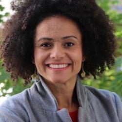 Dr Livia Ribeiro   de Souza